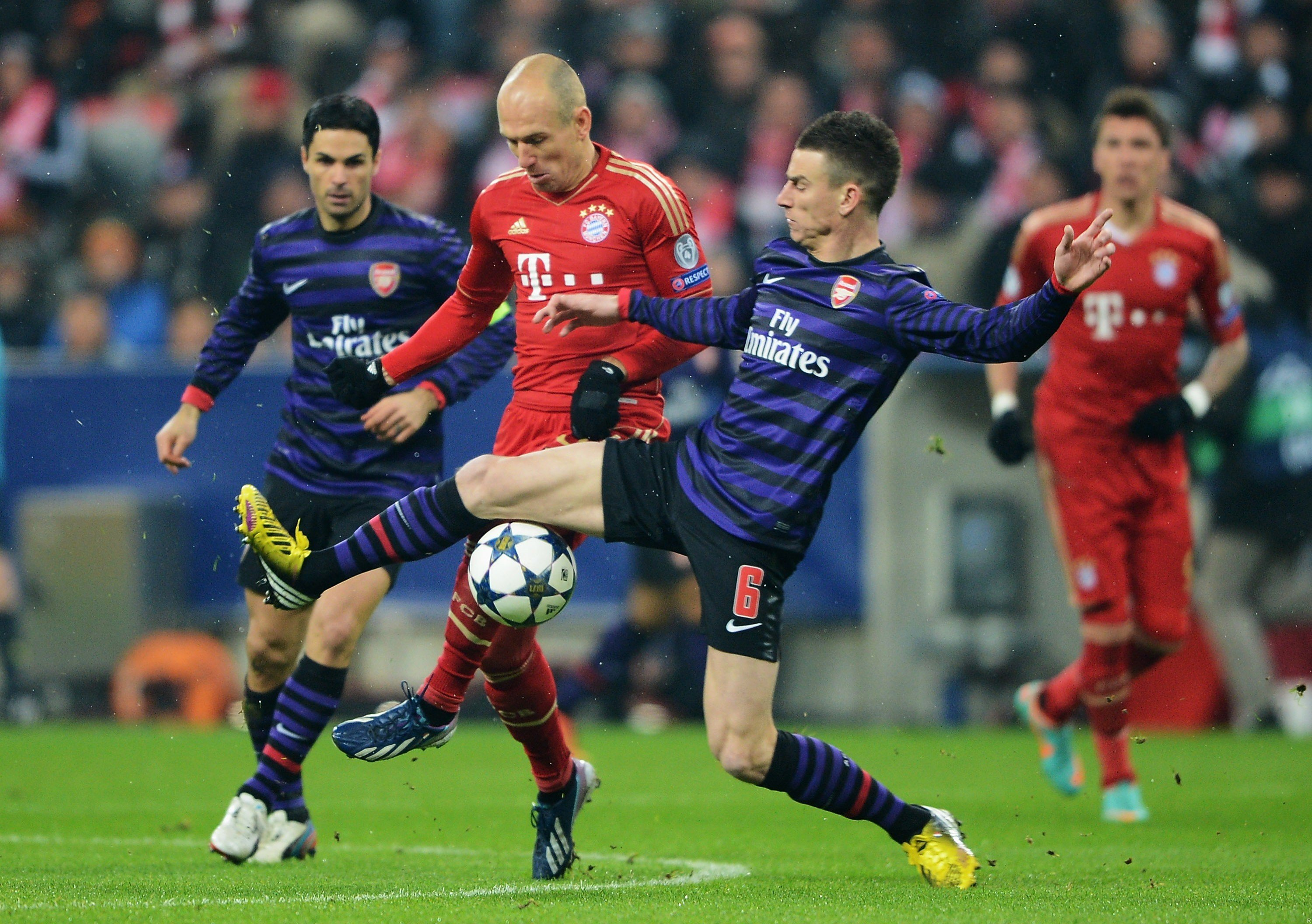 arsenal vs bayern - HD 2977×2100