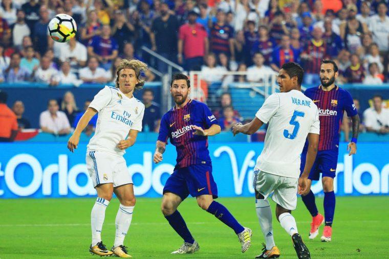 «Реал» обіграв «Барселону» упершому матчі Суперкубка Іспанії: відеоогляд