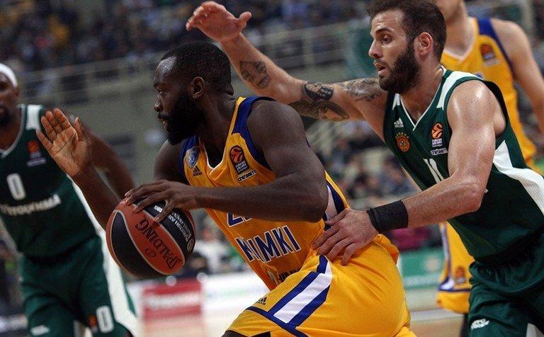 «Химки» уступили «Маккаби» вдомашнем матче баскетбольной Евролиги